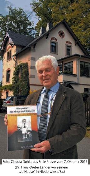 Der Autor vor seinem Haus